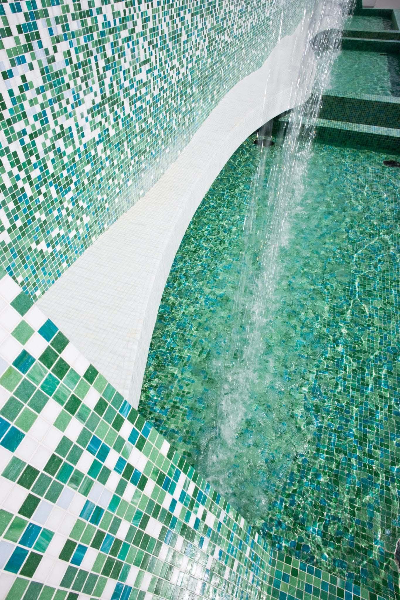Hotel Clevelander, Miami Beach - FL Slideshow