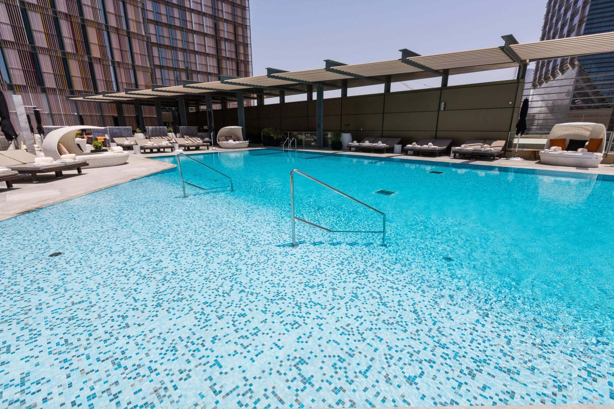 Shading Blends - Four Seasons Hotel, Abu Dhabi, UAE Slider
