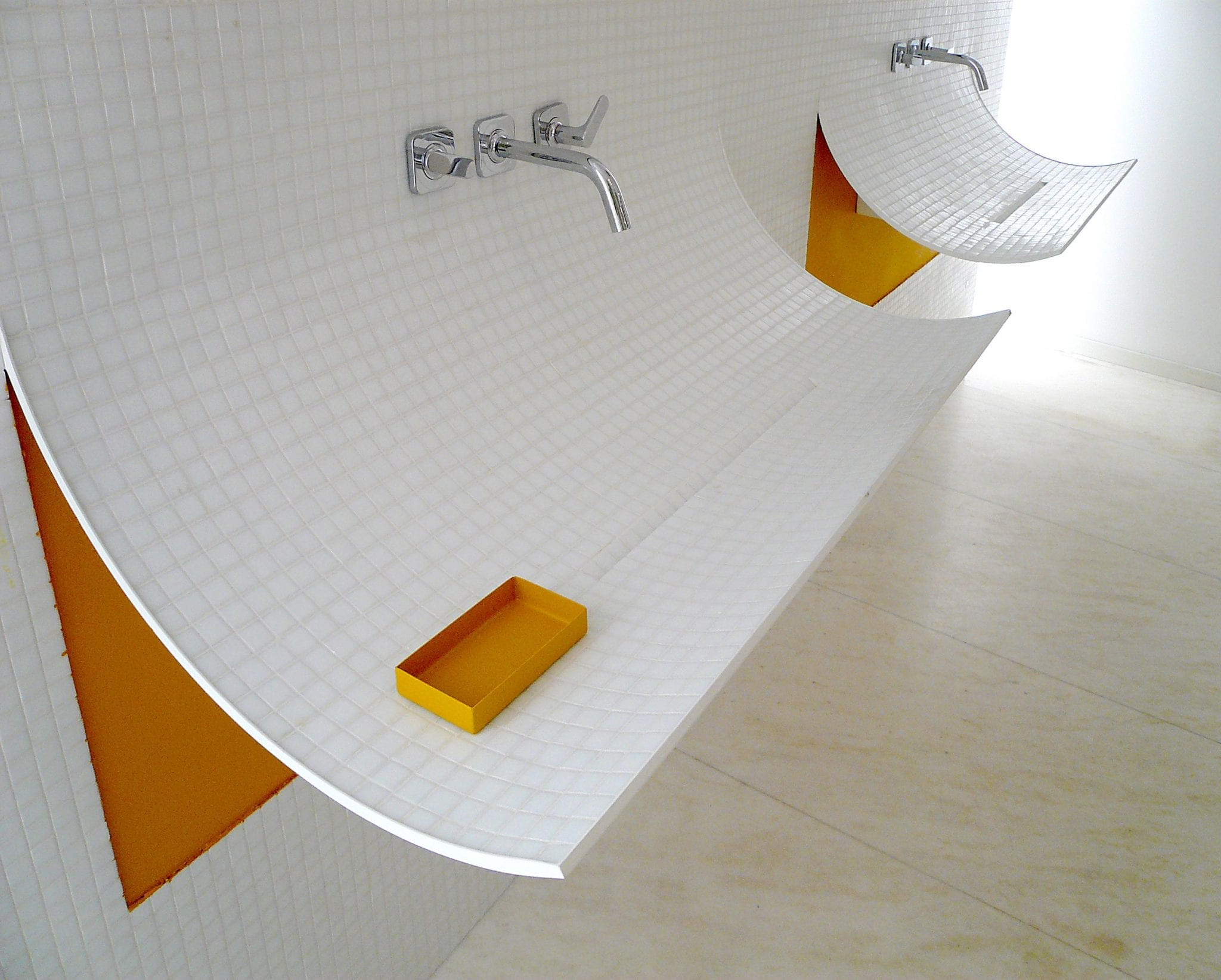 Lago Bathroom in Milan, Italy